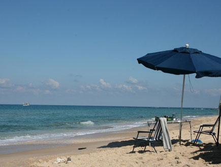 חוף פלמחים (צילום: ליאור אבולעפיה)