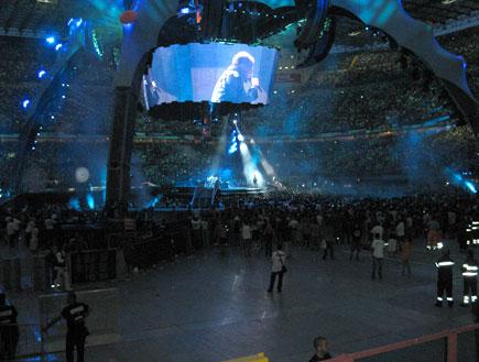 U2 LIVE 2