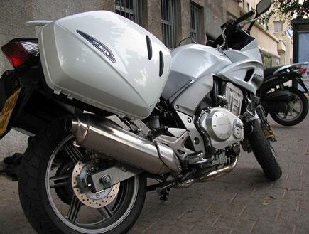 אופנוע cbf 1000 (וידאו WMV: ניר יניב)