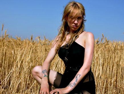 מיקה קרני 2009 (צילום: שירי יונגמן)