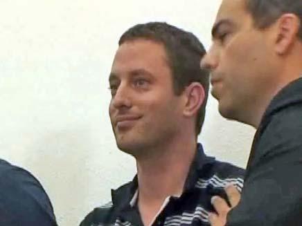 אסף גולדרינג בבית המשפט (צילום: חדשות 2)