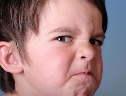 ילד עצבני- משפטים מעצבנים של ילדים (צילום: istockphoto)