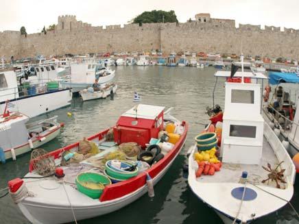 סיכום עולמי: שיא תיירות ביוון (צילום: שי פוקס)