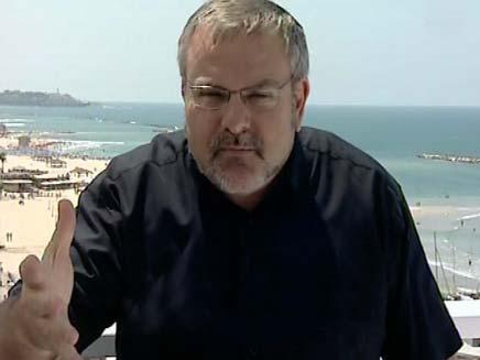 מנחם הורוביץ בים (צילום: חדשות 2)