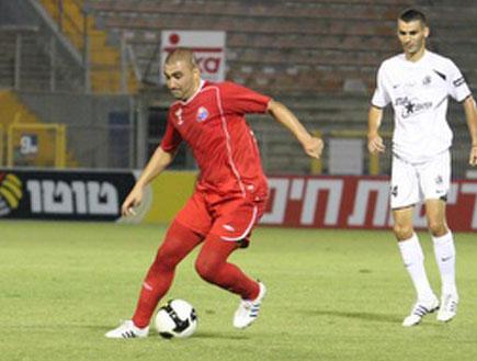 ערן לוי בקרית אליעזר (צילום: עמית מצפה, מערכת ONE)