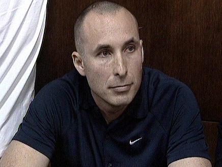 עמיר מולנר בבית המשפט (צילום: חדשות 2)