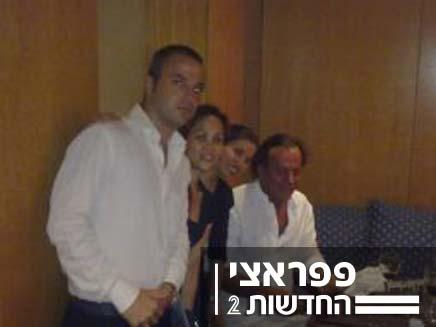 חוליו איגלסייס במסעדה בתל אביב (צילום: יעל גרינשטיין)