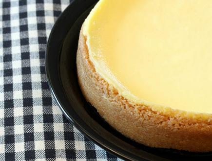 עוגת גבינה נוסח ניו יורק (צילום: rojoimages, Istock)
