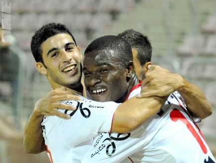 שחקני חיפה חוגגים עוד ניצחון ליגה (אלעד ירקון) (צילום: מערכת ONE)