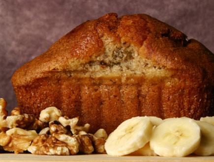 עוגת דבש ובננות ליד (צילום: Sandy Jones, Istock)