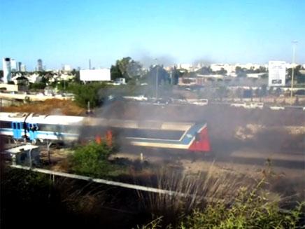 """אש פרצה ברכבת. ארכיון (צילום: באדיבות חב""""ד און ליין)"""