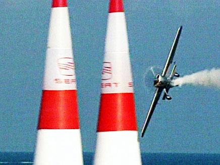 מירוץ אקסטרים מטוס חד מנועי (צילום: חדשות 2)