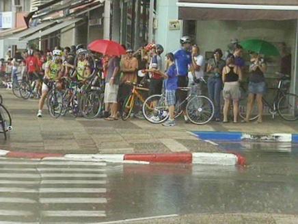 גשם באמצע מאי (צילום: חדשות 2)