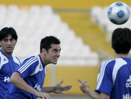 תמיר כהן ואליניב ברדה באימון הנבחרת (אמיר לוי) (צילום: מערכת ONE)
