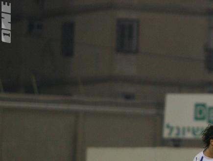 עמית אוחנה. שער מנצח (קובי אליהו) (צילום: מערכת ONE)
