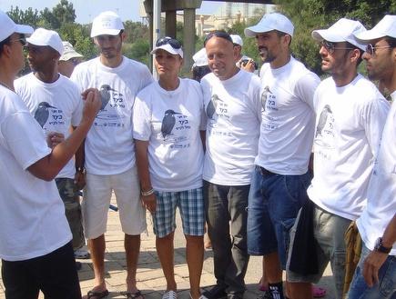 שחקני אשדוד מקבלים תדרוך (האתר הרשמי של מ.ס. אשדוד) (צילום: מערכת ONE)