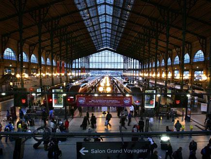 תחנת רכבת תחתית בפריז (צילום: Cate Gillon, GettyImages IL)