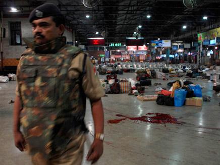 זירת הפיגוע במומבאי, ארכיון (צילום: רויטרס)