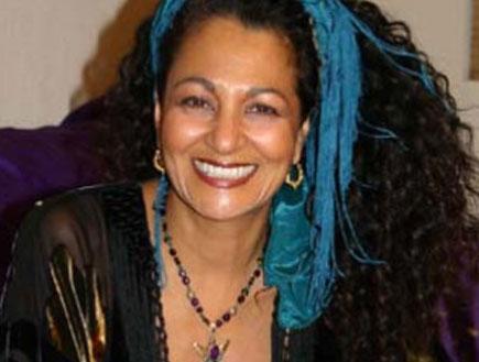 מארה סימון - הסרוגייט (צילום: צילום מסך, האתר הרשמי)