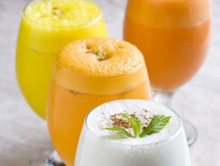 לאסי - משקה יוגורט הודי (צילום: בועז לביא, מסעדת טנדורי)