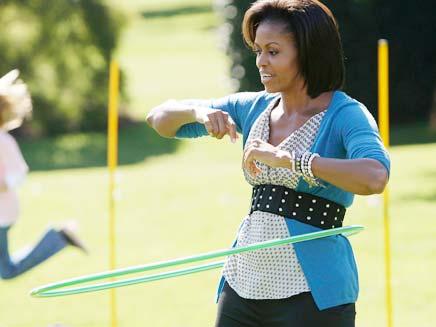 מישל אובמה בגן הירק (צילום: AP)