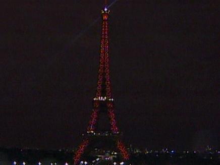 מגדל אייפל חוגג 120 (צילום: חדשות 2)