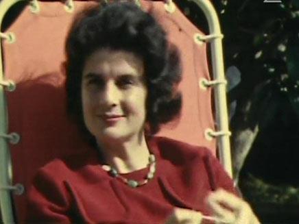 """לאה רבין (צילום: מתוך הסרט """"צולם ע""""י יצחק"""")"""