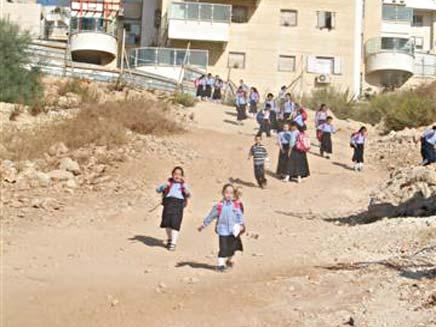 דרכי גישה לבית ספר (צילום: חדשות 2)