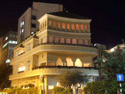 סיור בתל אביב: בית הפגודה (צילום: ערן גל-אור, מסלולים> להתאהב בארץ מחדש)