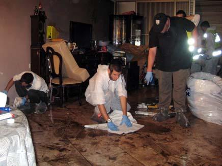"""זירת הרצח בראשל""""צ. צילום ארכיון (צילום: חדשות 2)"""