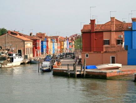 האי בורנו בלגונה של ונציה (צילום: Christina Hanck, Istock)