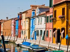 האי בורנו בלגונה של ונציה (צילום: nimu1956, Istock)