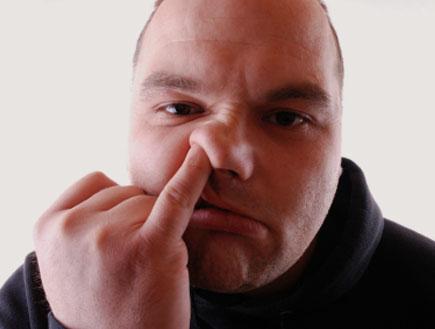 מגרד באף (צילום: kati1313, Istock)