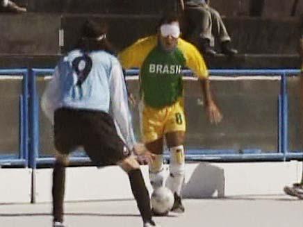 כדורגל עיוורים (צילום: חדשות 2)