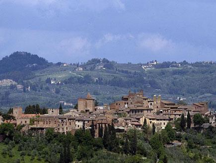 העיירה קרטדלו בטוסקנה (צילום: ויקיפדיה)