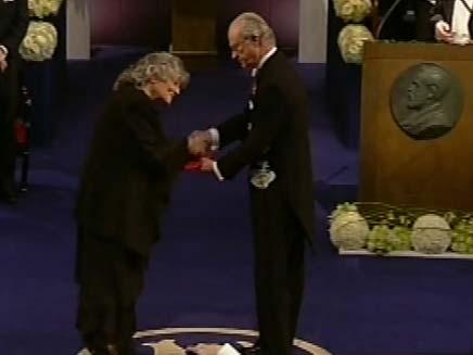עדה יונת זוכה בפרס נובל (צילום: חדשות 2)