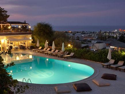 מלון hide-away-club בצפון קפריסין