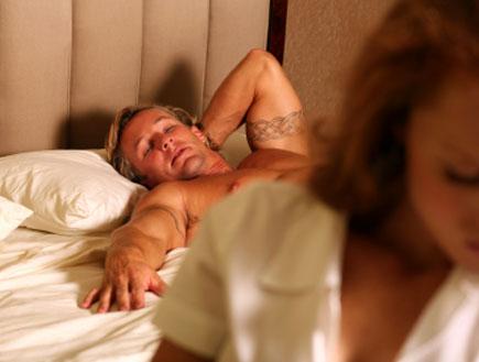 זוג במיטה 2 - וידוי (צילום: istockphoto)