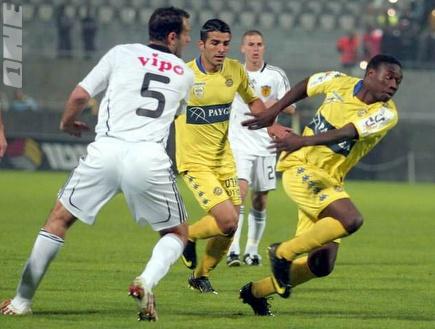 מאיוקה. מאליפות אפריקה לאצטדיון גרין (אור שפונדר) (צילום: מערכת ONE)
