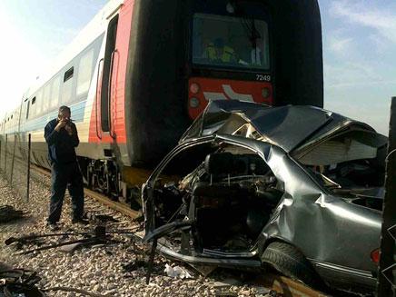 תאונת רכבת בצומת גל-און (צילום: חדשות 2)