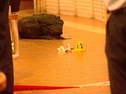 זירת הירי בקניון הנגב בבאר שבע (צילום: חדשות 2)