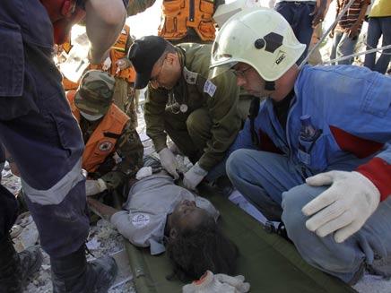 צוות חילוץ ישראלי בהאיטי 20101901 (צילום: חדשות 2)
