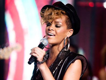 ריהאנה למען האיטי (צילום: Gettyimages IL, getty images)
