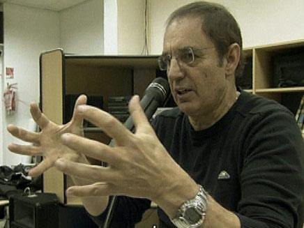 עמוס רולידר פרופסור להורות (צילום: חדשות 2)