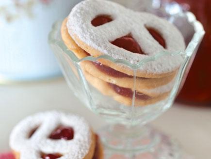 עוגיות חמאה צרפתיות עם ריבה (צילום: דן לב, על השולחן)