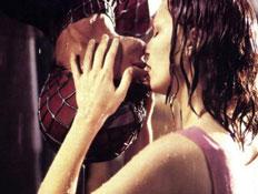 הנשיקה של ספיידרמן (צילום: האתר הרשמי)