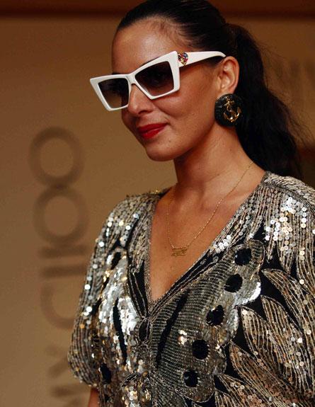 מאיה בוסקילה - משקפי שמש (צילום: עודד קרני)
