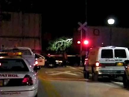 שלוש נערות נהרגו בנסיון לעבור פסי רכבת (צילום: Sky News)