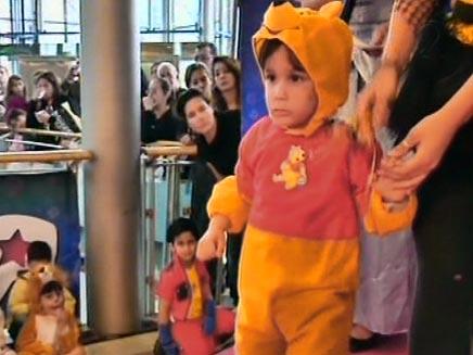 ילד מחופש בפורים (צילום: חדשות 2)
