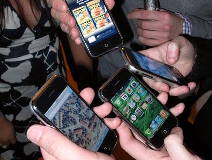 אייפונים (צילום: Jon Åslund)